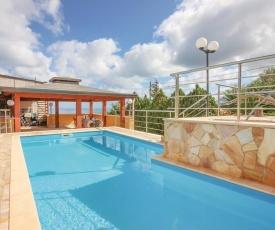 Three-Bedroom Holiday Home in Altavilla Milicia PA