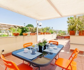 Le Palme Apartment with Terrace and Seaview