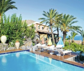 Sea side apartment in Acireale Sicily for 4 people