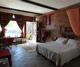 casa romantica sulla scogliera a Santa Tecla