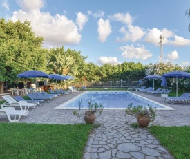 Nice home in Campofelice di Roccell w/ Outdoor swimming pool and 2 Bedrooms
