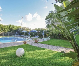 Stunning home in Campofelice di Roccell w/ Outdoor swimming pool and 2 Bedrooms