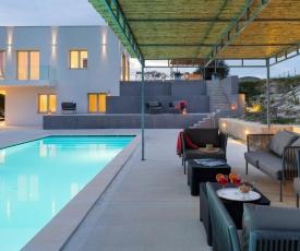 Casa Modica Villa Sleeps 6 Pool Air Con WiFi