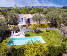 Casa Modica Villa Sleeps 7 Pool Air Con T689814