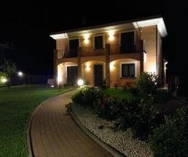 Villa Feluchia Tra Il Mare E Il Vulcano
