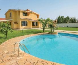 Flumini Villa Sleeps 8 Air Con WiFi